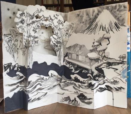 Photo. Hiver. Collage et encre de chine sur papier coton Khadi et carton. Décor de l'opéra miniature: Urashima Taro. Taille réelle: 120 cm/160 cm